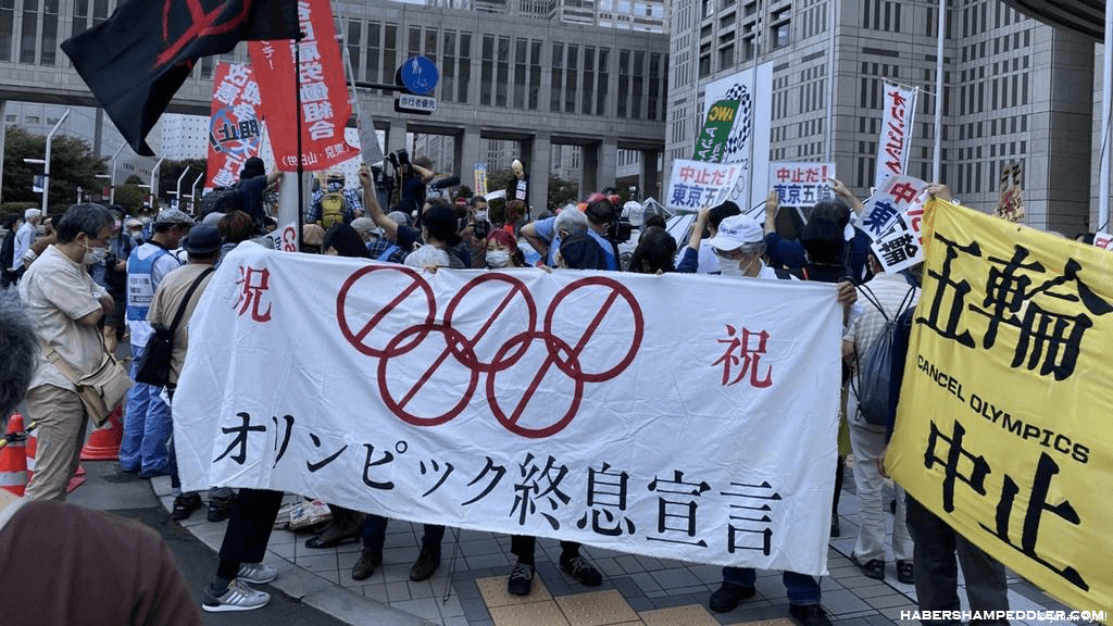 Japan declares นายกรัฐมนตรี โยชิฮิเดะ สุกะ ของญี่ปุ่นได้ประกาศภาวะฉุกเฉินด้านโคโรนาไวรัสสำหรับกรุงโตเกียว ซึ่งจะดำเนินการผ่านการเป็นเจ้า