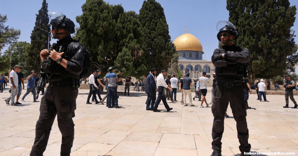 Palestinians reject การพิจารณาคดีที่สำคัญของศาลอิสราเอลเพื่อสนับสนุนชาวยิวที่สวดมนต์ที่มัสยิด Al-Aqsaได้จุดประกายความ